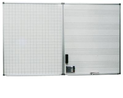 Whiteboard med notlinjer eller rutor